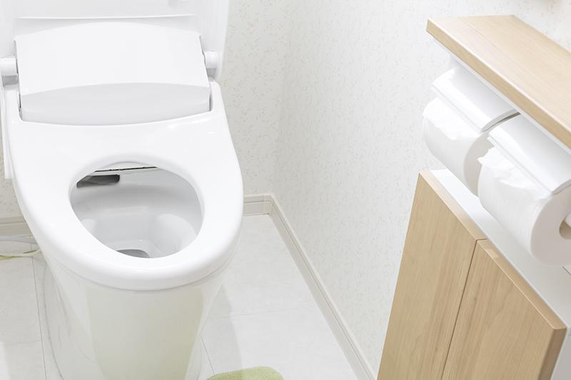 トイレの床をリフォームするときのポイント、人気の素材は?